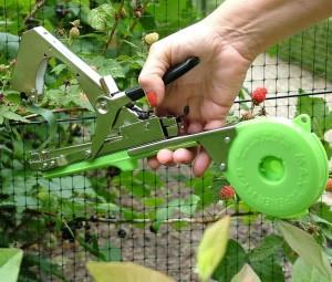 Тапенер - подвязчик винограда, овощей и цветов