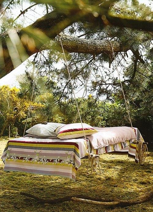 Дачные качели, или подвесная кровать из поддонов