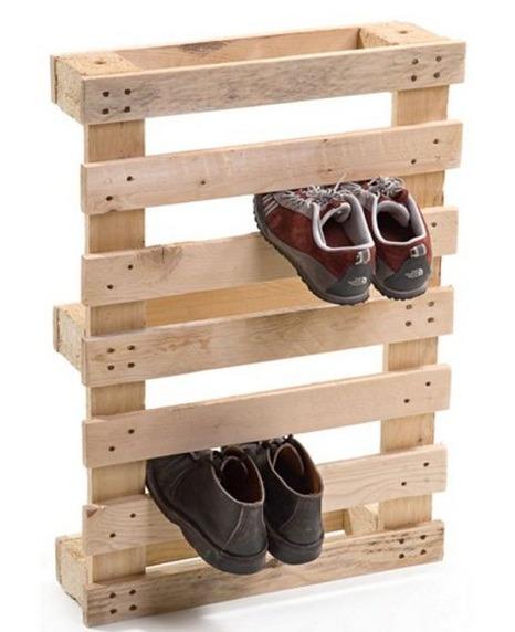 Сушилка для обуви из поддонов