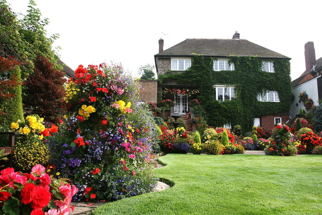 Прекрасный отдых, после работ в саду