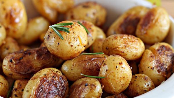 Сеем картошку семенами!