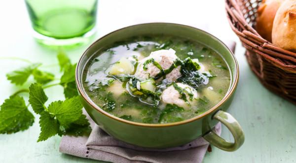 Первое блюдо из крапивы — вкусно и полезно