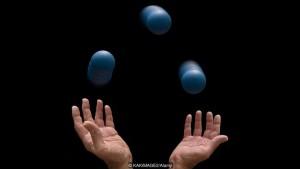 Проприоцепция лежит в основе таких навыков, как жонглирование (фото: KAKIMAGE2 / Alamy)